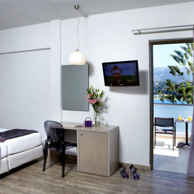 Interior view of the family hotel room in Argostoli Kefalonia with sea view 25m²