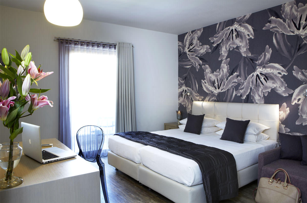 Interior of the Triple Room at our sea view hotel in Argostoli Kefalonia 22m²